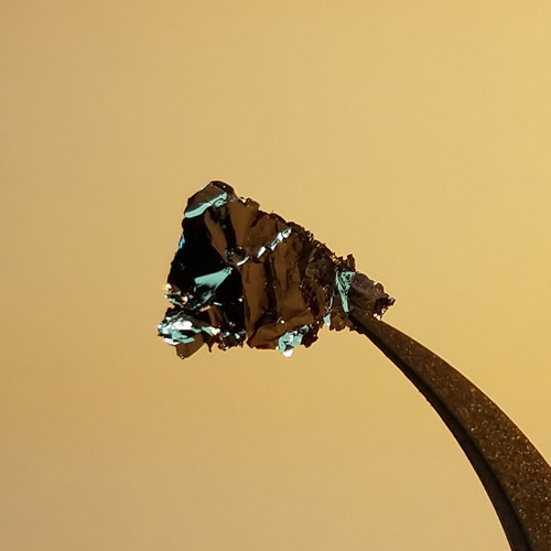 WS2 Crystal