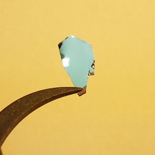 In2Se3 Crystal