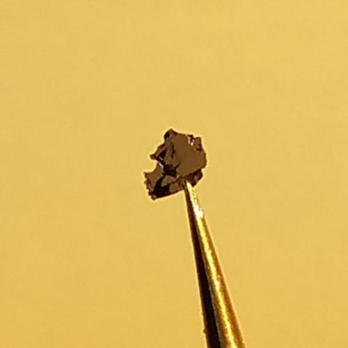 Bi2O2Se Crystal
