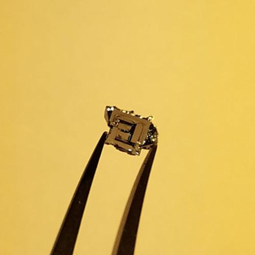 PbSnSe2 Crystal