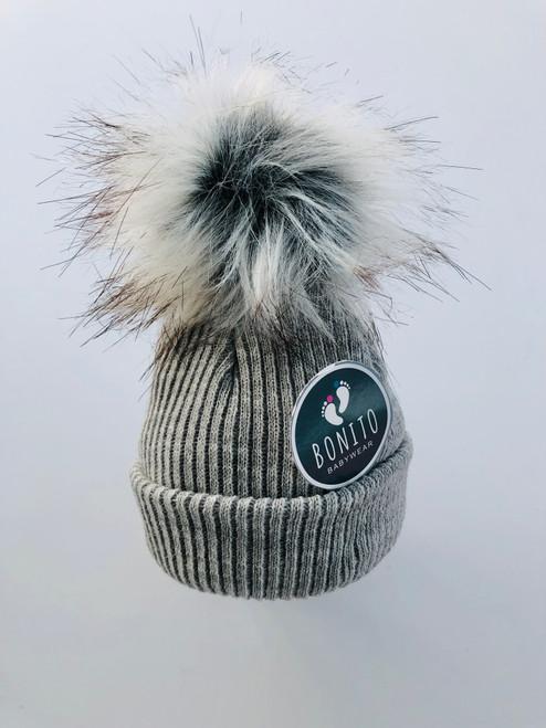 Fur pom-pom hat grey