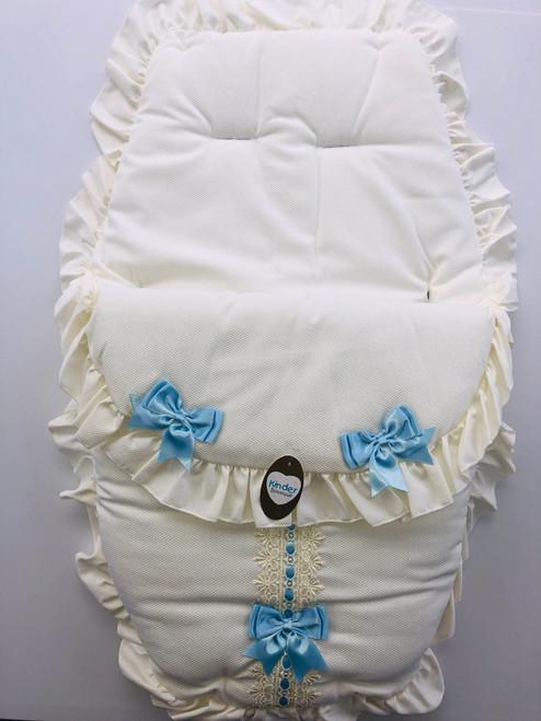 Car seat cream/ blue