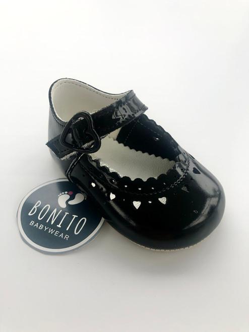 Baypod soft sole heart shoe black