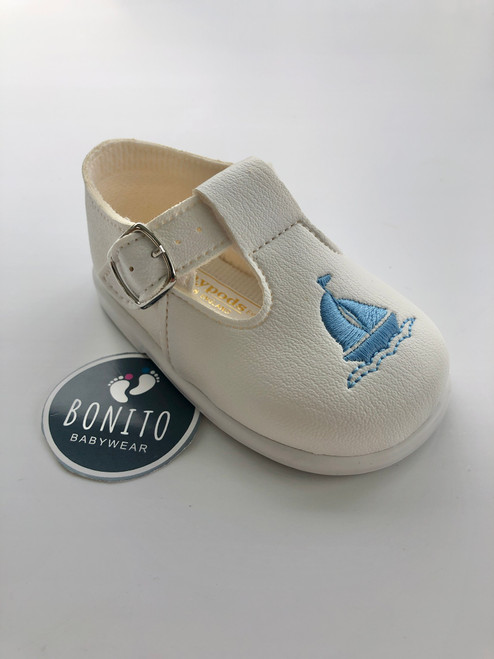 Baypod shoe boat white