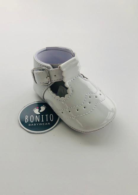 Spanish shoe white