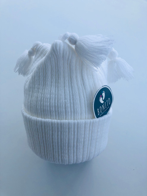 Tassel hat white