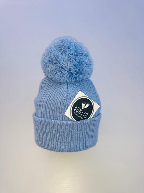 Pom Pom hat blue