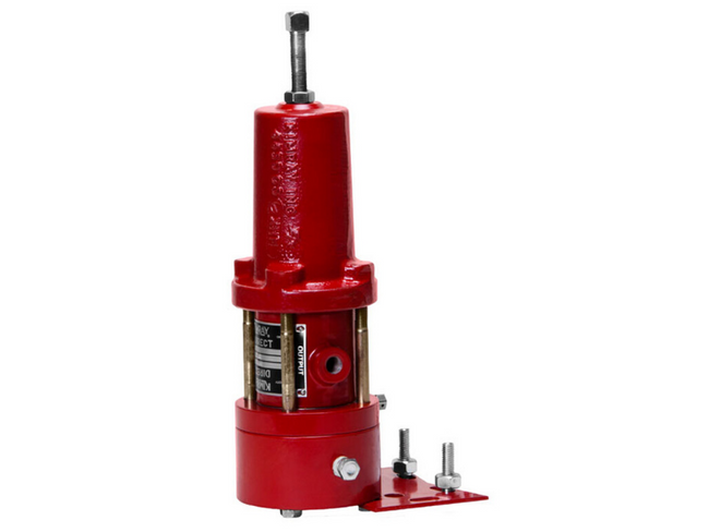 The Kimray 75 PG Pilot is a pressure sensing device designed to output a gas signal based on a set pressure.