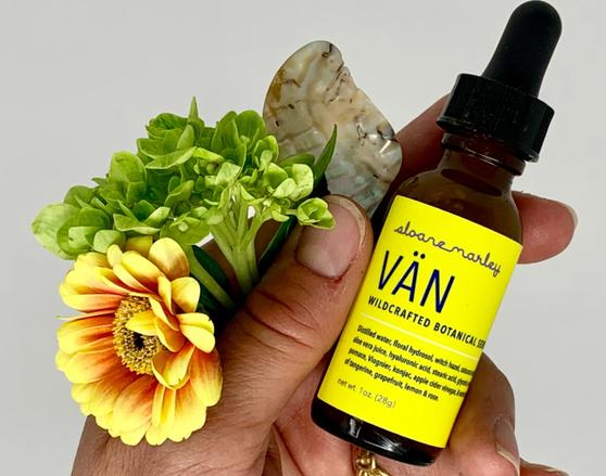 Van Botanical Serum - 1oz