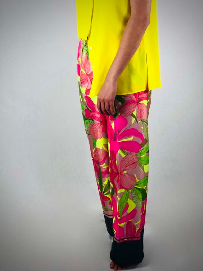 Trousers 1282405327