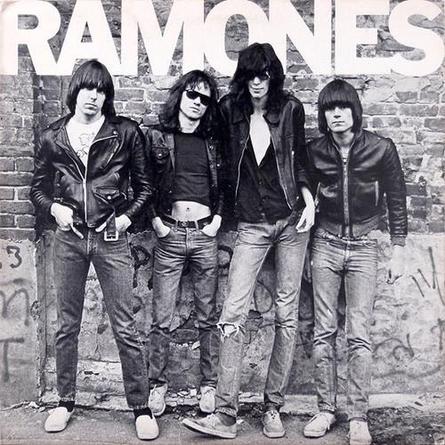 Ramones - Ramones ( NM in Original Shrink with printed Inner)