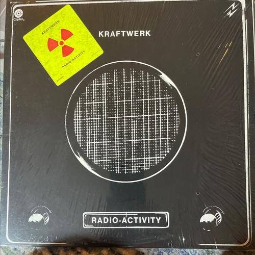 Kraftwerk Radio-Activity ( Original 1975 USA pressing with hype sticker NM)