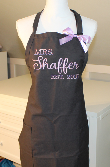 Mrs. Apron embroidered with last name script