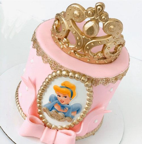 Princess Window Cake