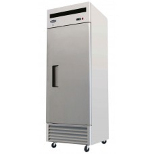 B-Series Reach-In Refrigerator, one-section, self-contained refrigeration, 21.0 cu. ft. capacity, 33?ø to 45?øF temperature range, (1) locking hinged self-closing door, (3) adjustable shelves, ventilated refrigeration, interior lighting, automatic evaporation, digital temperature control, air defrost, stainless steel interior & exterior, galvanized steel back, bottom mounted refrigeration, 365 watts, 115v/60/1-ph, 4.0 amps, 1/4 HP, cETLus, ETL, CE, ENERGY STAR??