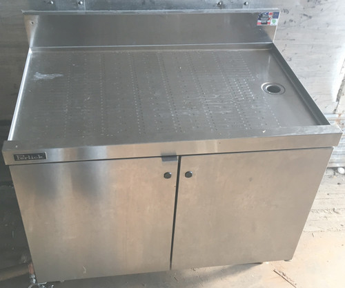 perlick drainboard under bar, perlick under bar drainboard with cabinets, cabinets with drainboard for under bar