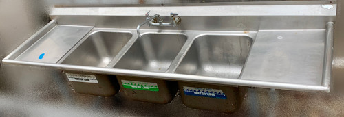 3 BAY SINK WITH 2 DRAIN BOARDS