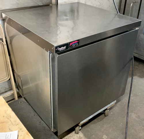 """USED Undercounter/Worktable Refrigerator, one-section, 32"""" W, 8.0 cubic feet, (1) stainless steel door, (1) gray epoxy coated shelf, stainless steel top and front, aluminum sides, galvanized back and bottom, gray coated aluminum interior sides & anodized aluminum bottom, 5"""" casters (2 locking, 2 non-locking), rear-mounted refrigeration system, 115v/60/1, 3.2 amps, 8' cord, NEMA 5-15P, 1/5 HP, NSF"""