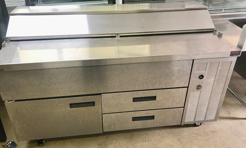 DELFIELD 18SC68V SANDWICH UNIT WITH DRAWERS 115v, 1 phase, 60 hertz.