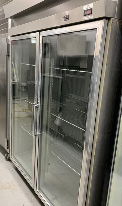 HOBART DA2-5 (2) GLASS DOOR REFRIGERATOR (IFS131)