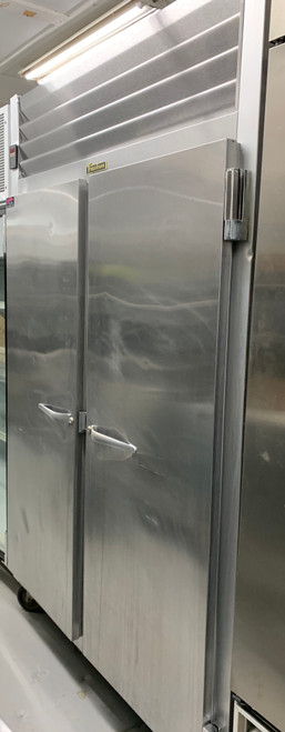 """Refrigerator, Reach-in, two-section, 46.02 cu. ft., self-contained refrigeration, (2) full-height solid doors (hinged left/right), (3) epoxy coated shelves per section (factory installed), stainless steel front, anodized aluminum sides & interior, microprocessor control with LED display, LED interior lights, 6"""" high casters, non-flammable R-450A refrigerant, 1/3 HP, cETLus, NSF"""