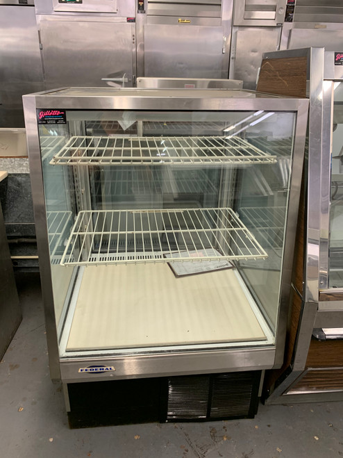 "FEDERAL 31505C-2 31"" REFRIGERATED DISPLAY CASE"