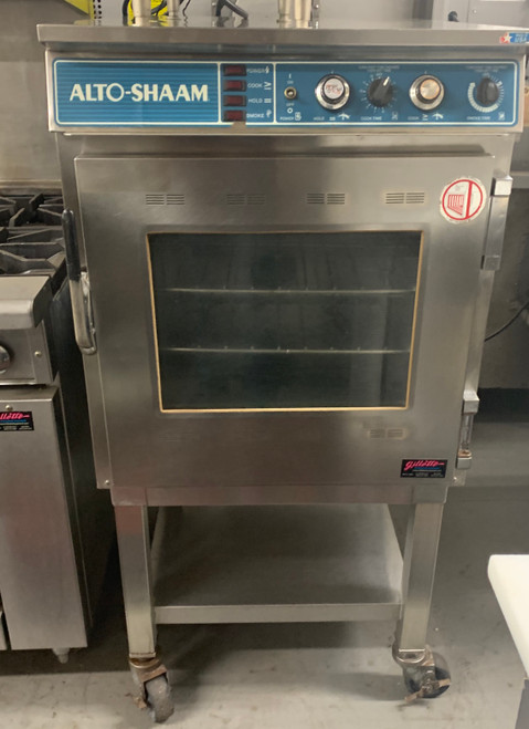 "Halo Heat® Slo Cook Hold & Smoker Oven, electric, 100 lb. capacity - (9) 12"" x 20"" x 2-1/2"" full-size pans, simple controller, includes (1) sample bag each of cherry, hickory, apple & maple wood chips, heavy-duty stainless steel exterior with solid door, stainless steel wire shelves, 1 rib rack, 3-1/2"" casters; 2 rigid, 2 swivel with brakes, EcoSmart®, cULus, UL EPH ANSI/NSF 4, CE, IPX3, EAC, TUV NORD, N11942"