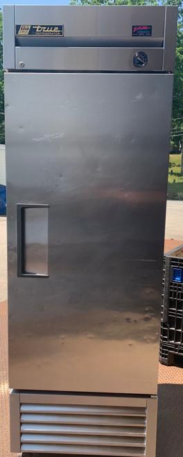 TRUE T-23-HC SINGLE DOOR REACH IN COOLER (GBT306)