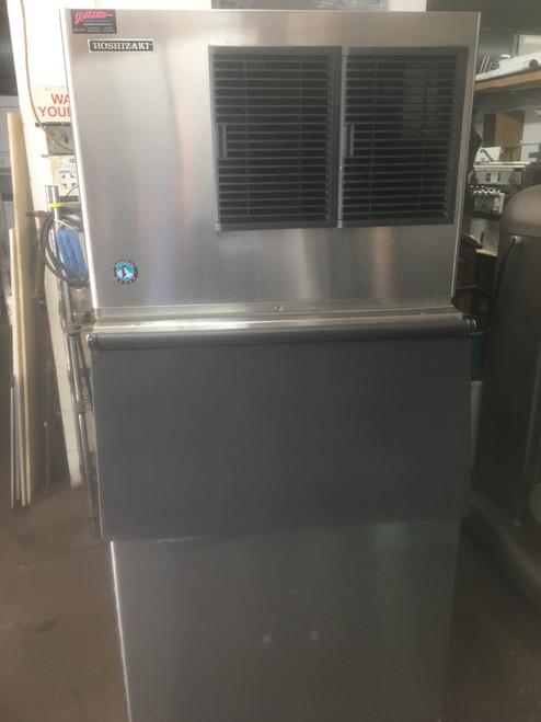 HOSHIZAKI KML-500MAJ 500 LB ICE MACHINE AND BIN (HXT324)