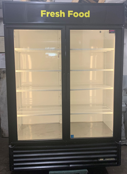 TRUE GDM-49 GLASS DOOR MERCHANDISER (KKT379)
