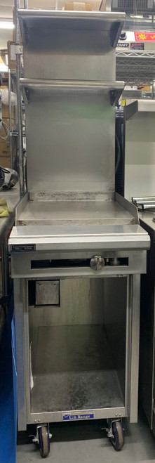 """GARLAND/US RANGE C1836-1 18"""" MANUAL GRIDDLE ON CABINET WITH CASTERS- NATURAL GAS (BEU428)"""