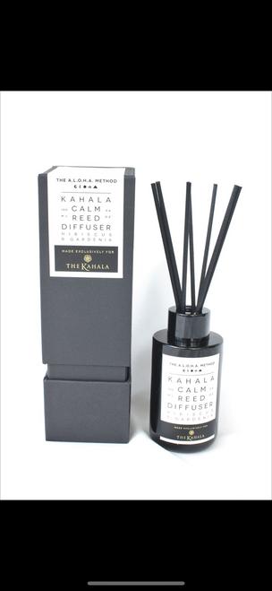 The Kahala reed diffuser hibiscus & Gardenia exclusive $45.00
