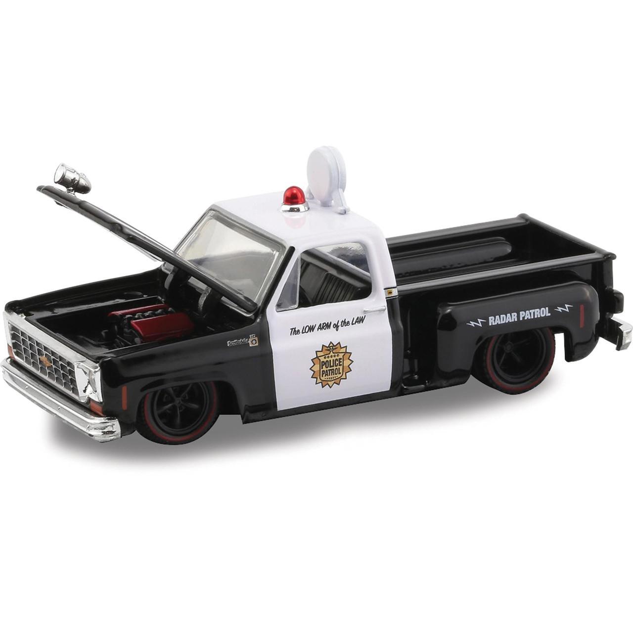 M2 31500 HS08 1976 CHEVROLET SCOTTSDALE PICK UP TRUCK 1//64 POLICE PATROL Chase