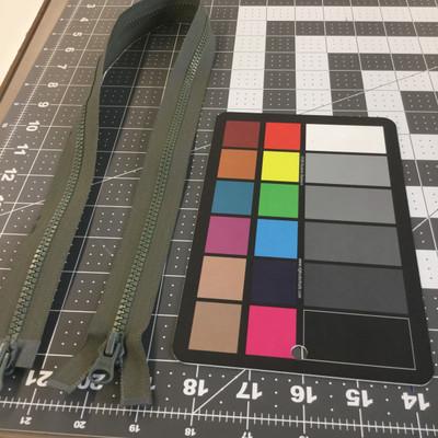 "28"" Molded Plastic Zipper - 2 pulls | Foliage Green  | YKK Brand | Military | Bags"