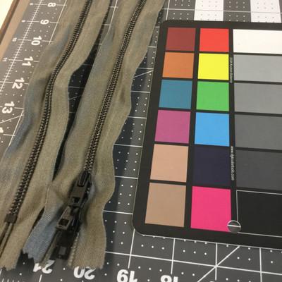 """46.3"""" Metal Zipper - 3 pulls   Foliage Green   Military Repair   Duffel Bag"""