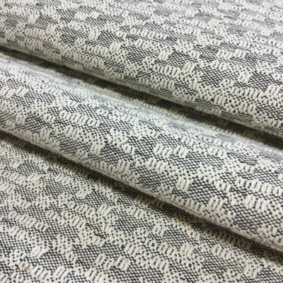 """Off-White / Black Textured Weave 