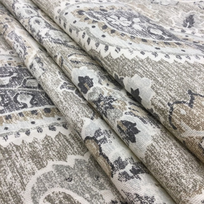 """Plazzo in Beech 