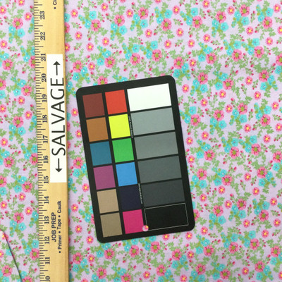 100% Cotton Quilting Fabric.   44 Wide By The Yard 1005