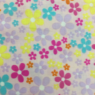 100% Cotton Quilting Fabric.   44 Wide By The Yard 1017