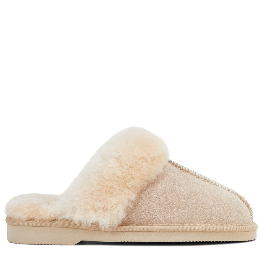 Shoewarehouse Doe Ugg Beige