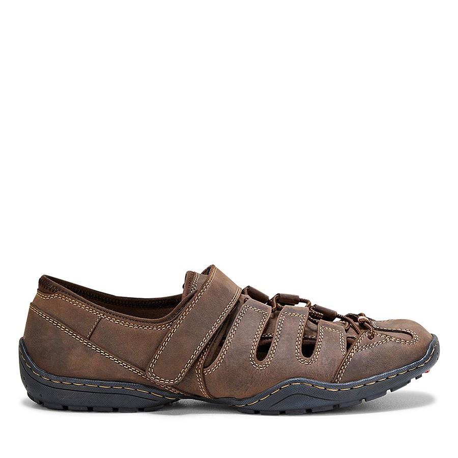 Shoewarehouse Swag Brown