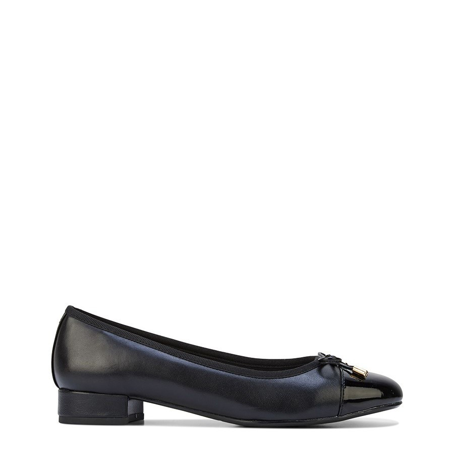 Shoe Warehouse Divine Black