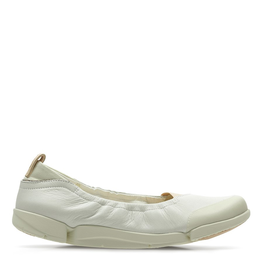 Shoe Warehouse Tri Adapt. White Leather