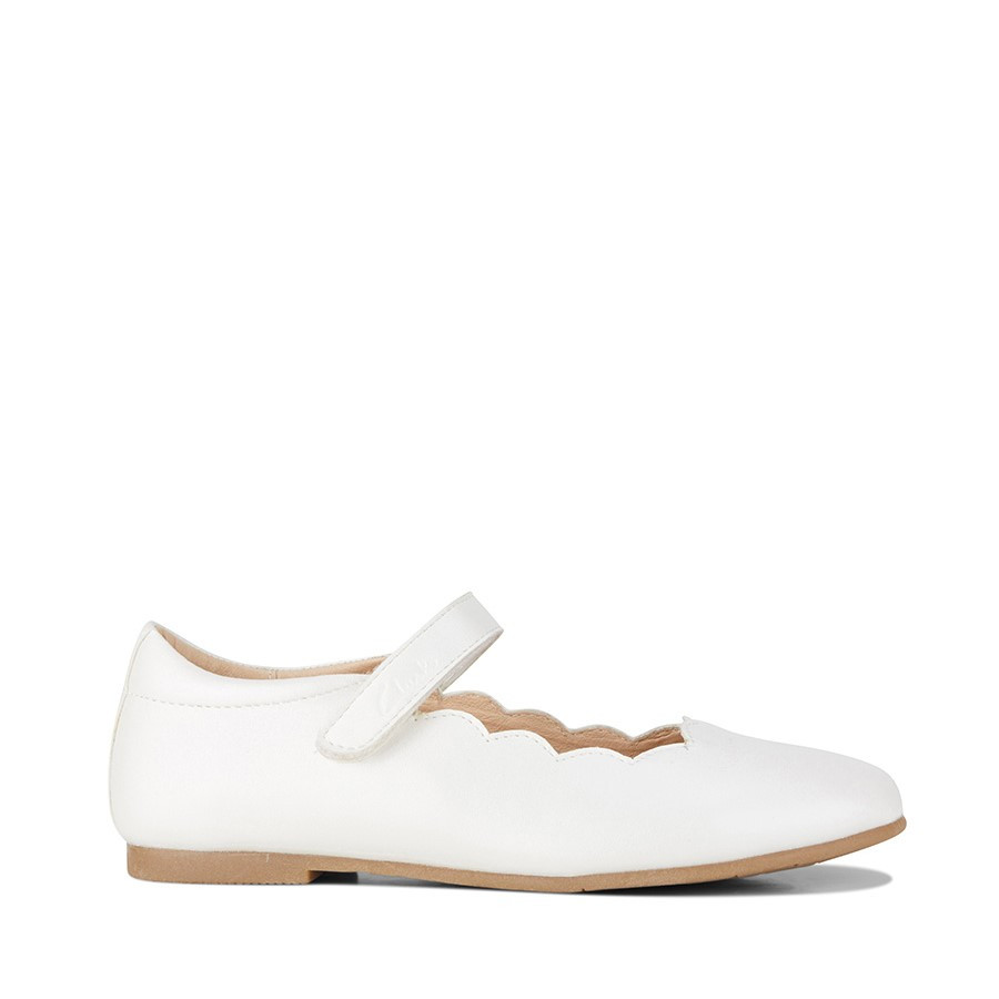 Shoewarehouse Audrey Snr White Pearl