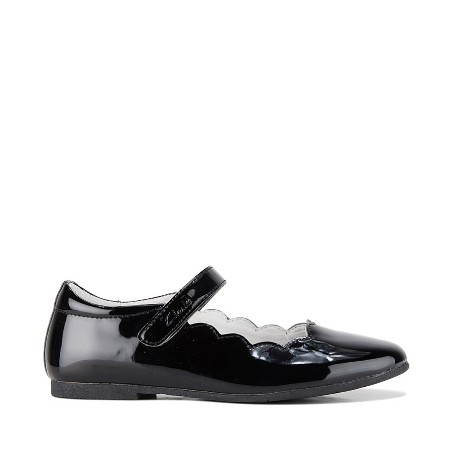 Shoewarehouse Audrey Snr Black Patent