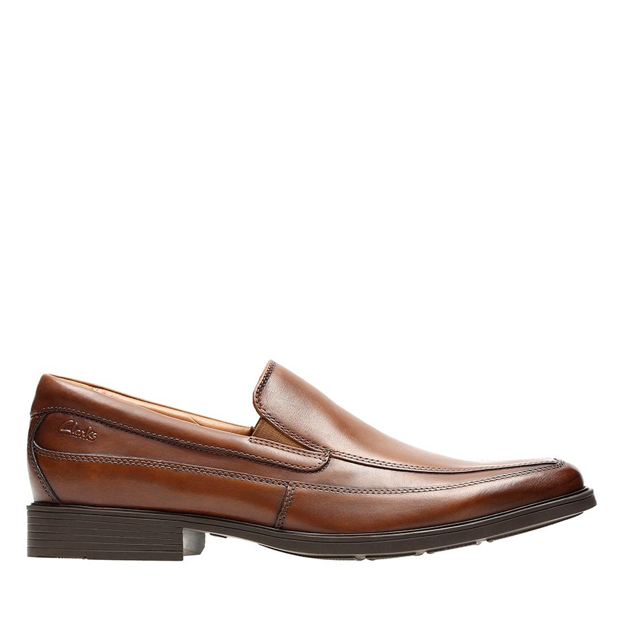 Shoe Warehouse Tilden Free Dark Tan Leather