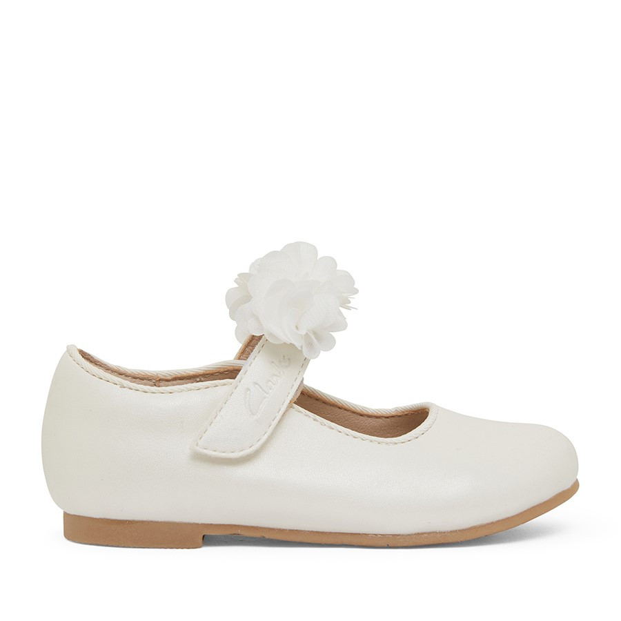 Shoewarehouse Ayla Jnr White Pearl