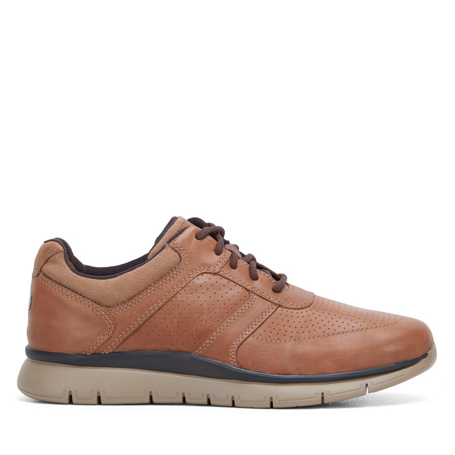 Shoewarehouse Primetime Casual Ubal Tan
