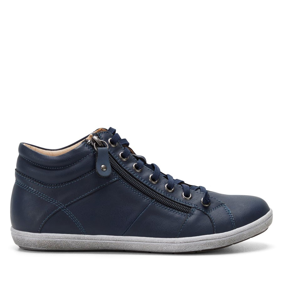 Shoewarehouse Zorro Navy
