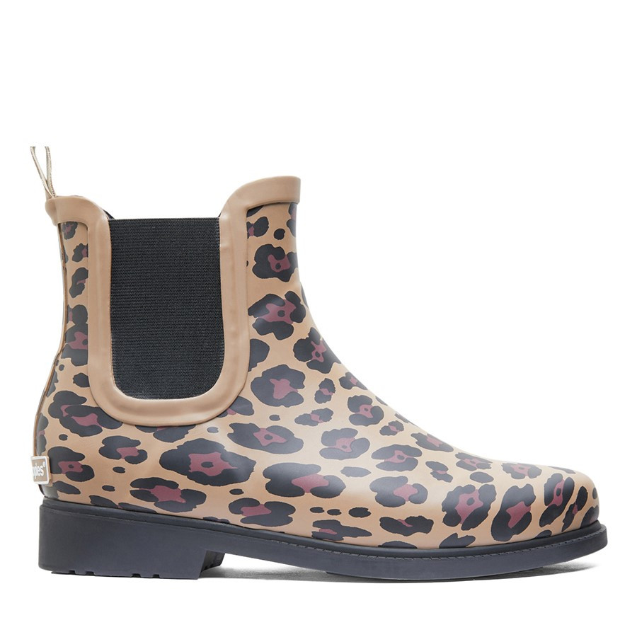 Shoewarehouse Muddy Leopard